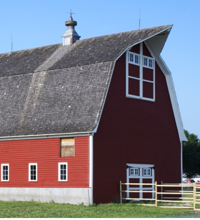 A red barn after having Pole Barn Post Repair in Ottawa IL